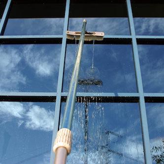high-rise-window-clean